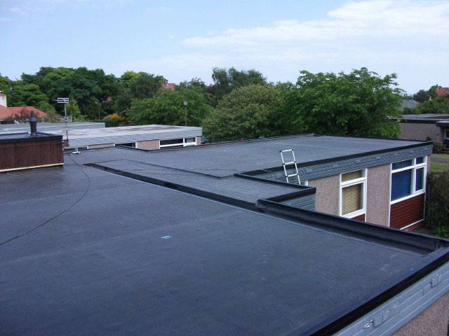 Epdm vijverfolie op dak